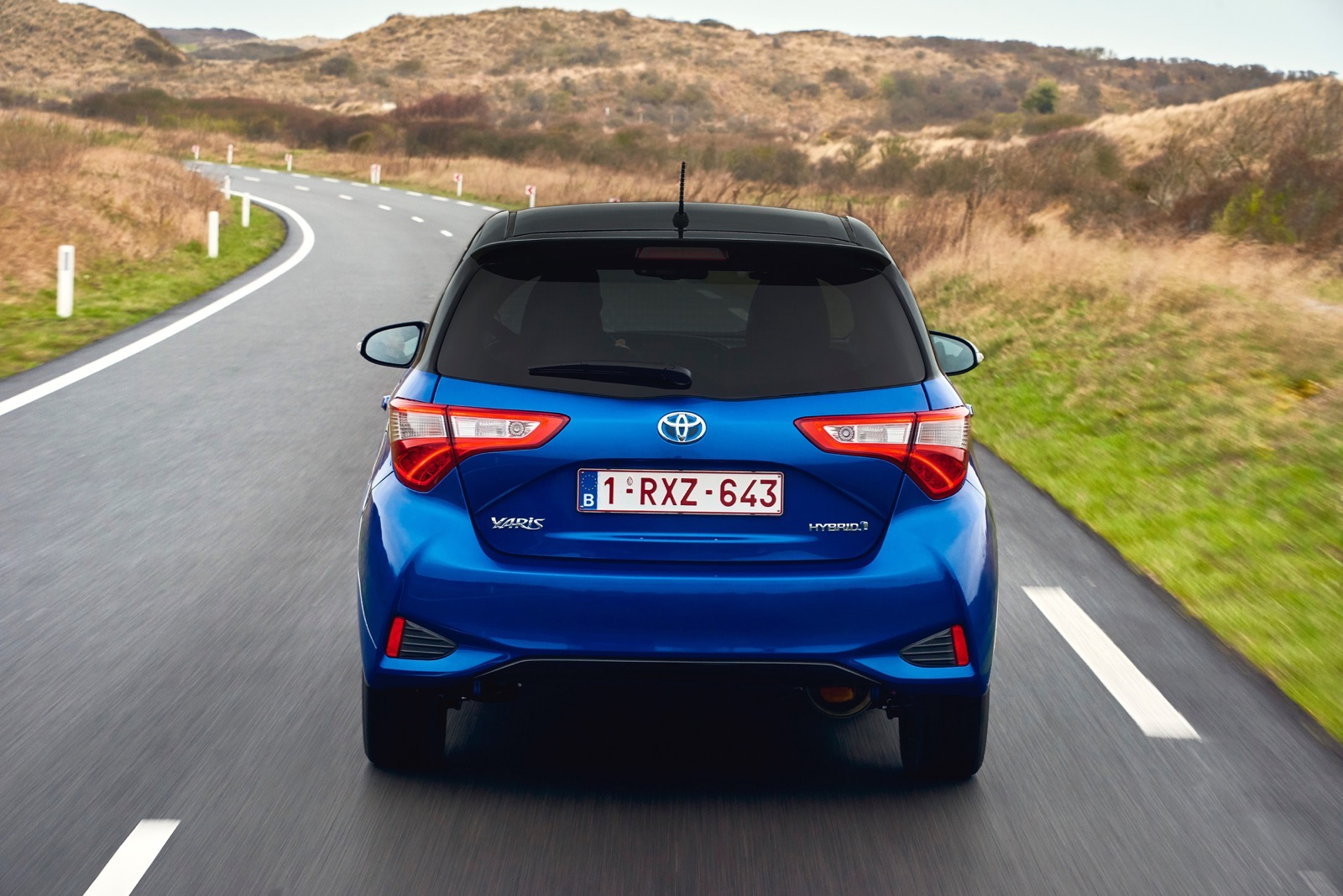 First_Drive_2017_Toyota_Yaris_87