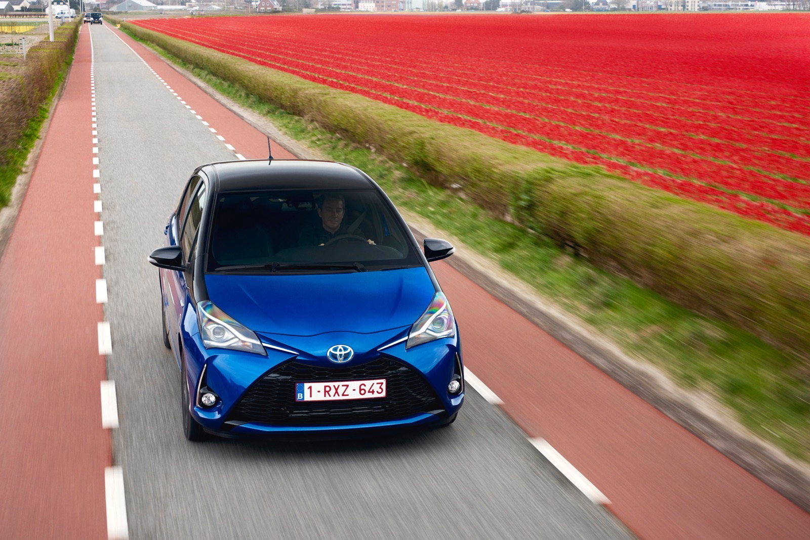 First_Drive_2017_Toyota_Yaris_90