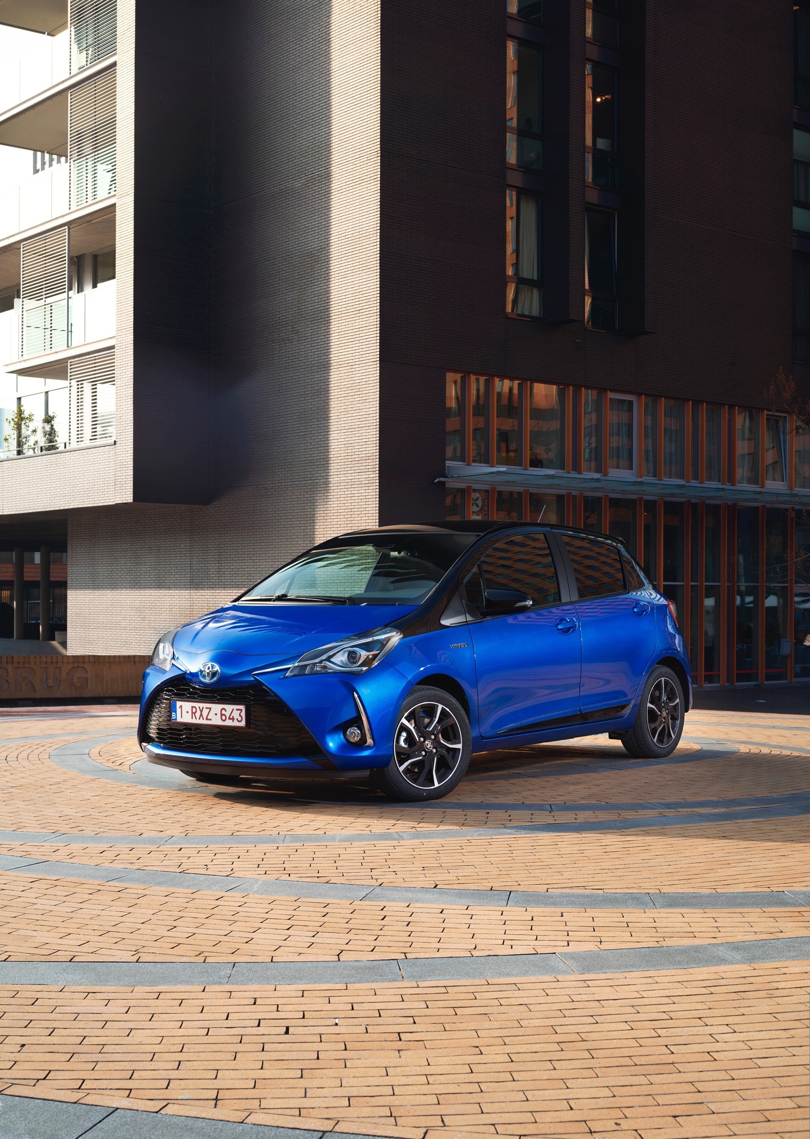 First_Drive_2017_Toyota_Yaris_98