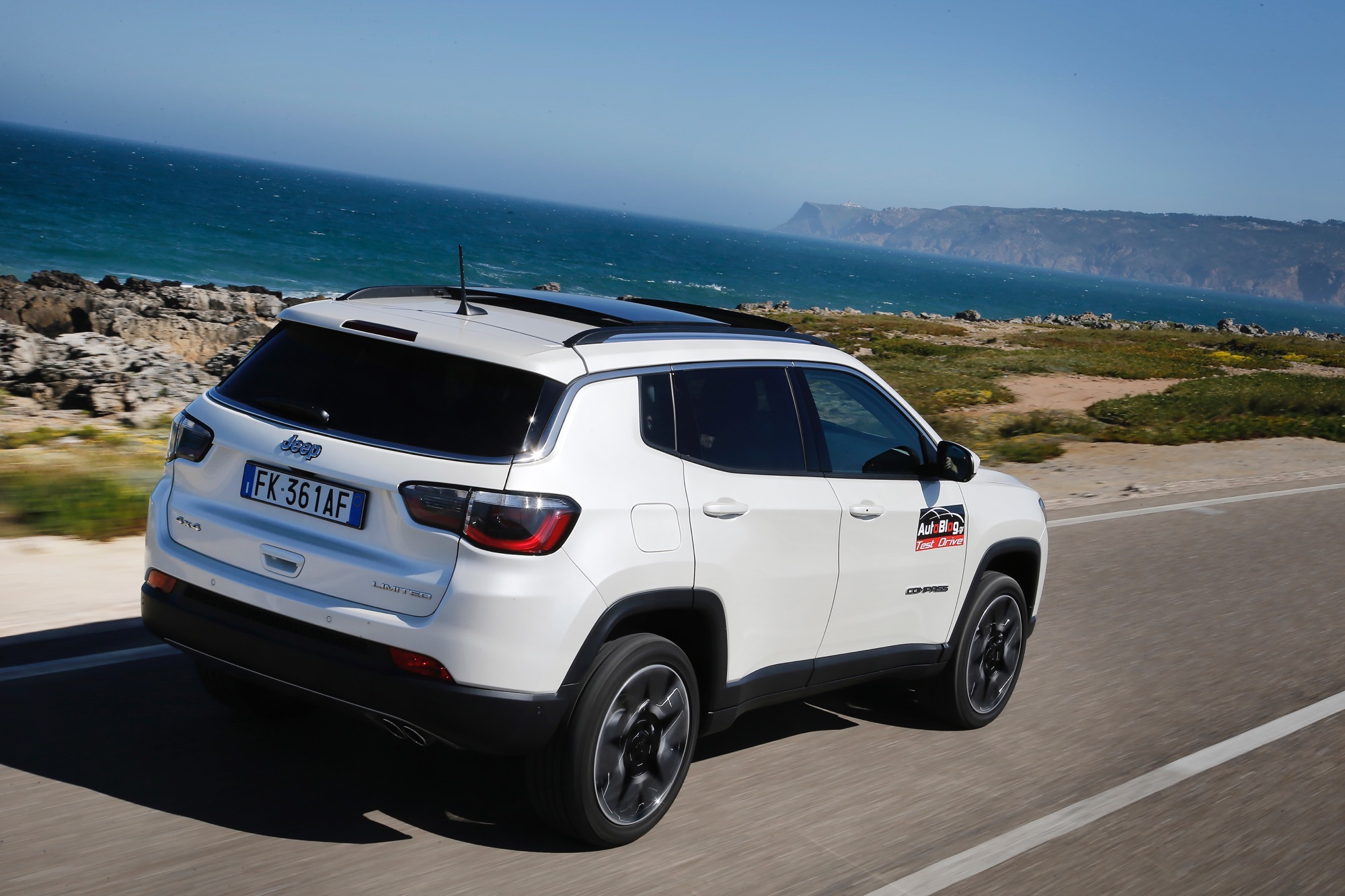 First_Drive_Jeep_Compass__02