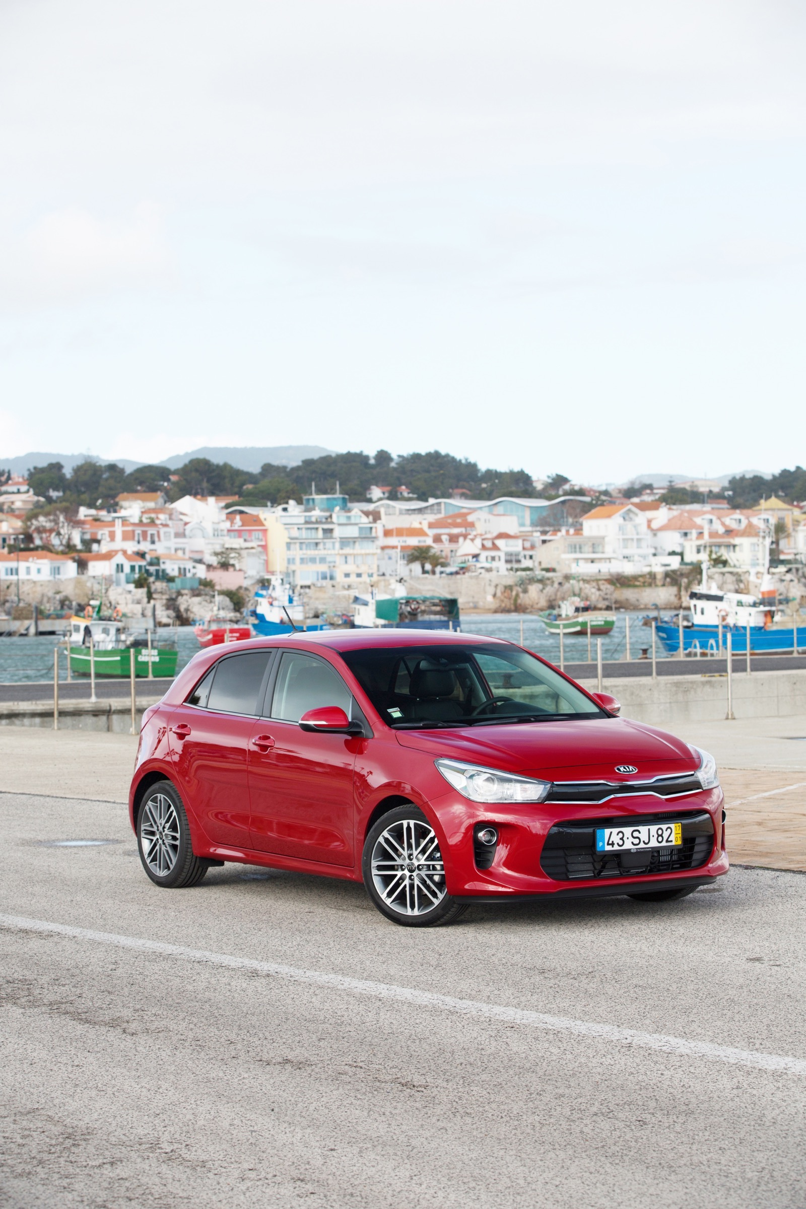 First_Drive_Kia_Rio_red_02