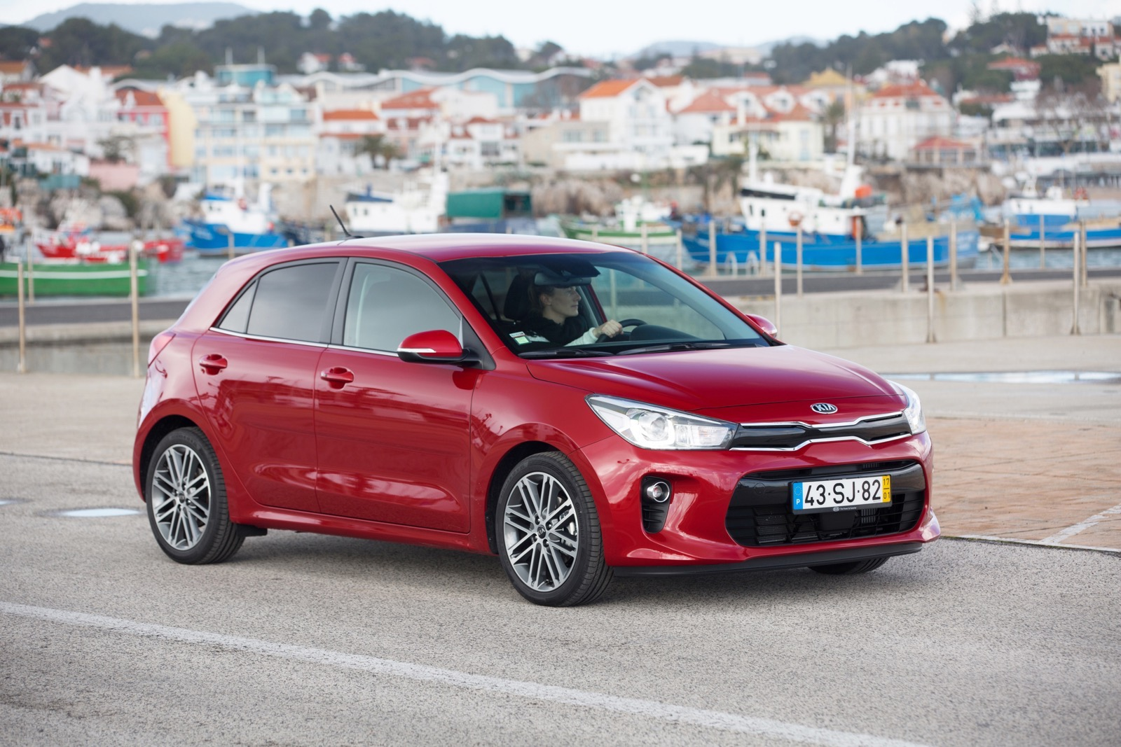 First_Drive_Kia_Rio_red_03