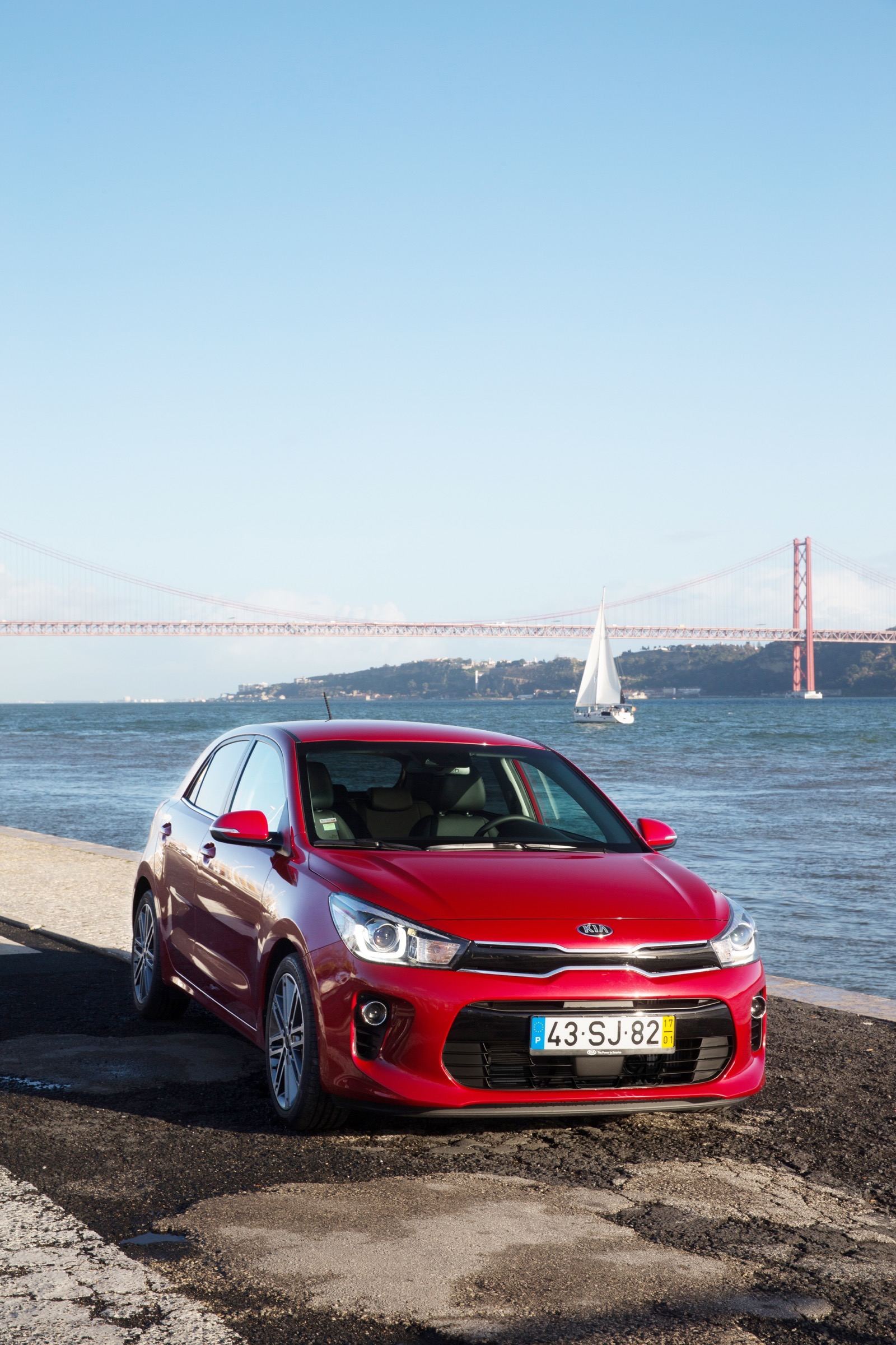 First_Drive_Kia_Rio_red_10