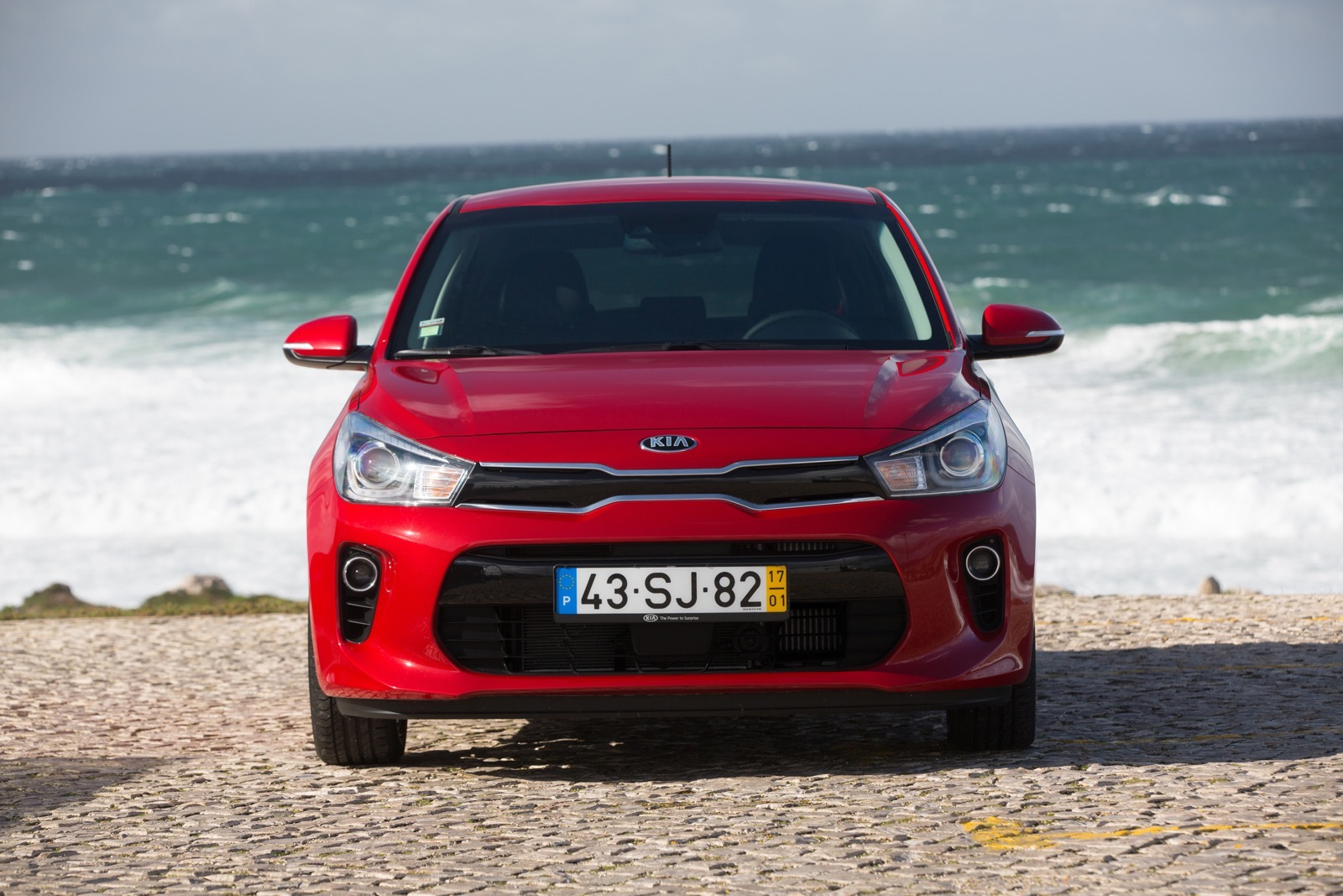 First_Drive_Kia_Rio_red_16