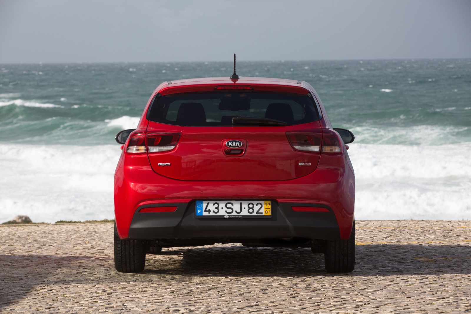First_Drive_Kia_Rio_red_20