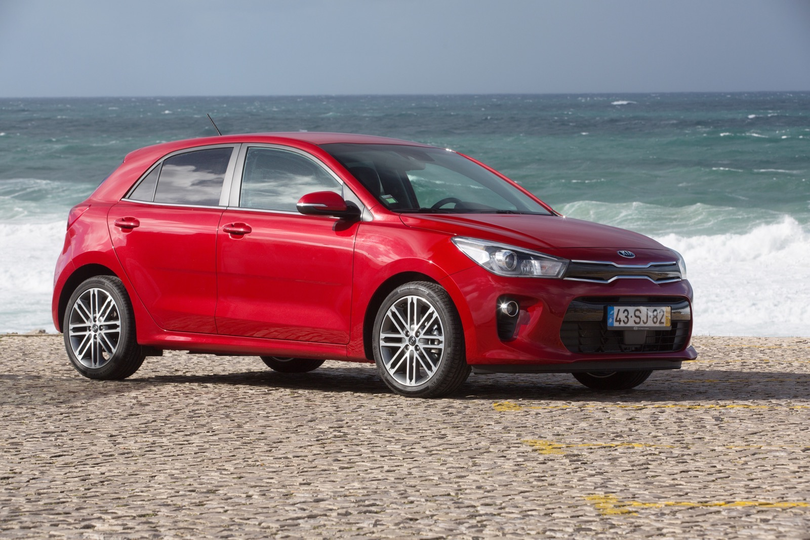 First_Drive_Kia_Rio_red_23