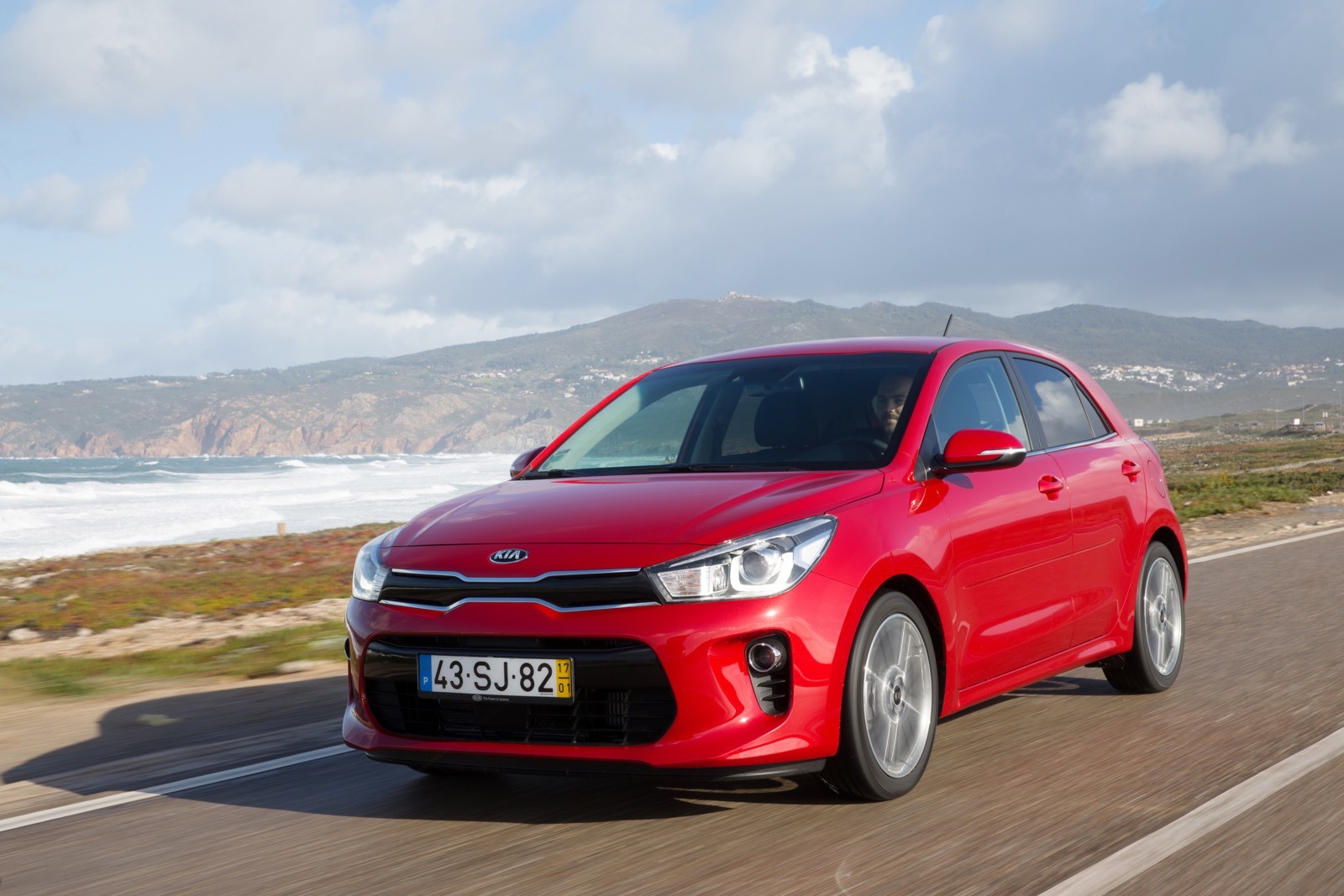 First_Drive_Kia_Rio_red_24
