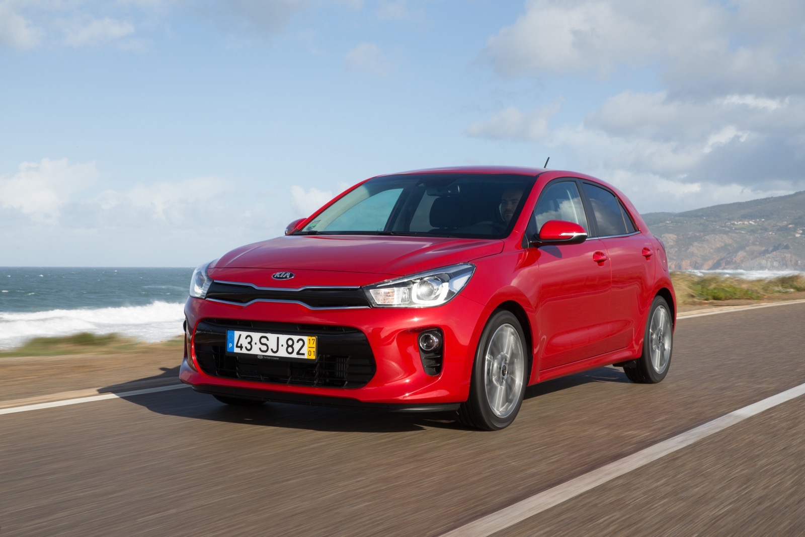 First_Drive_Kia_Rio_red_25