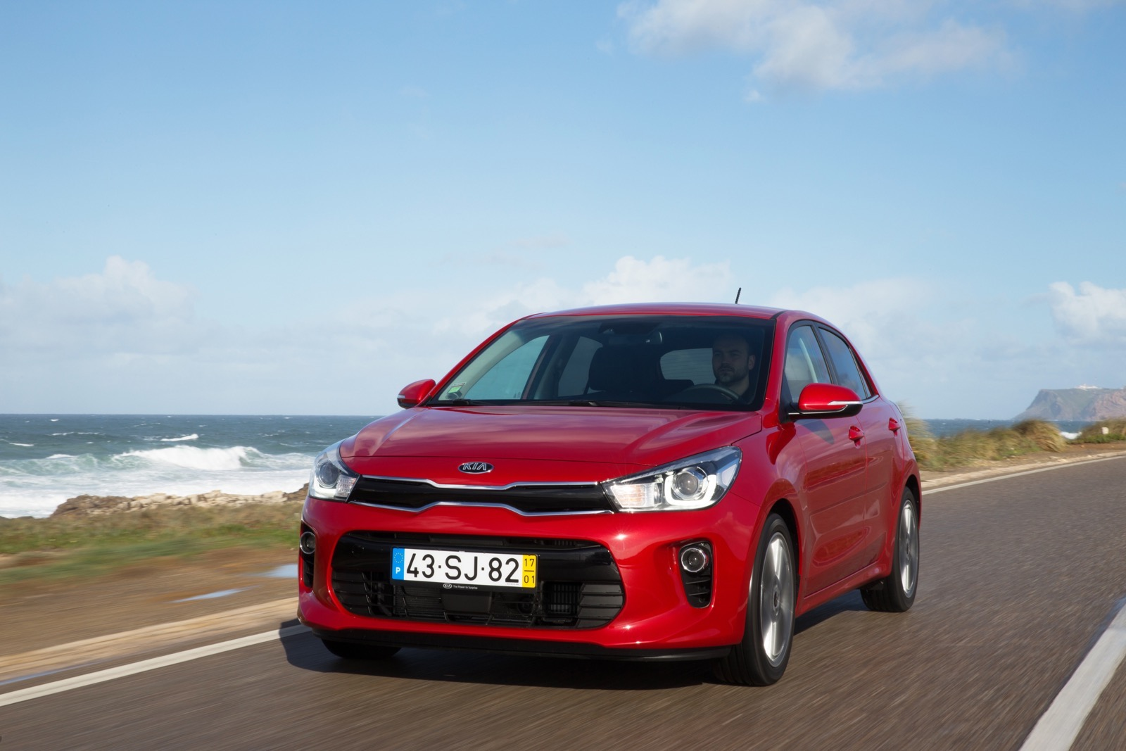 First_Drive_Kia_Rio_red_26