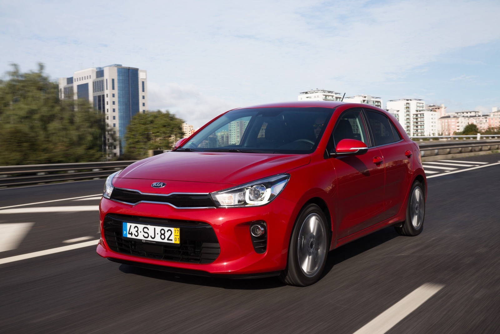 First_Drive_Kia_Rio_red_33