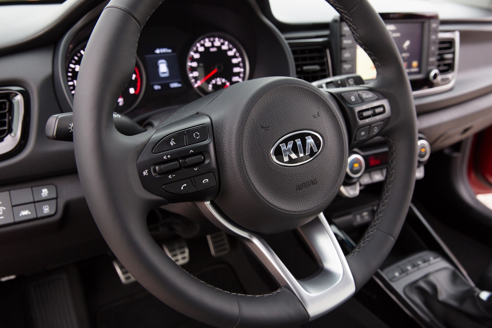 First_Drive_Kia_Rio_red_52