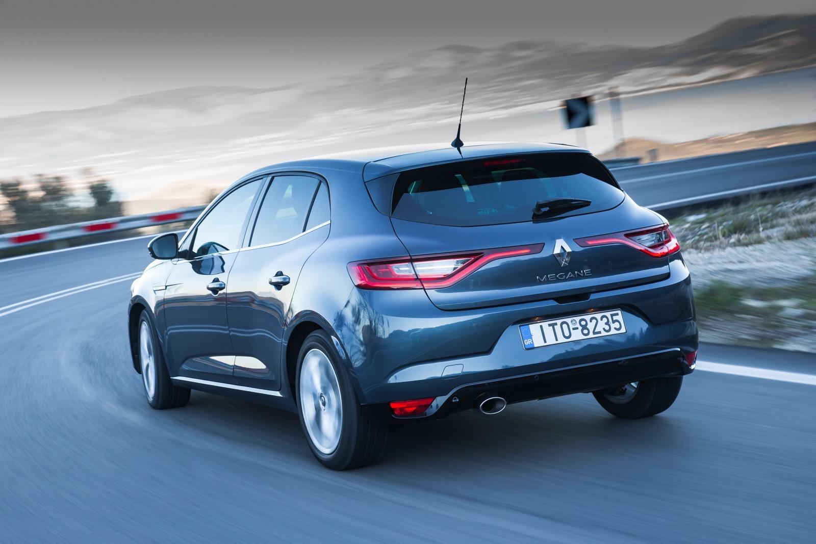 First_Drive_Renault_Megane_100