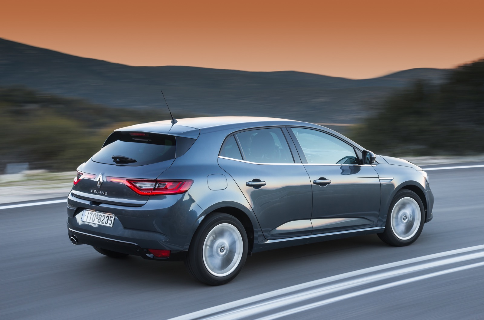 First_Drive_Renault_Megane_102