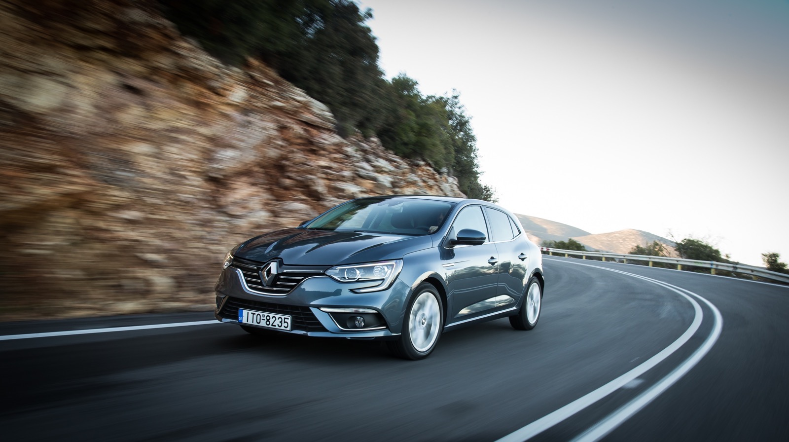 First_Drive_Renault_Megane_107