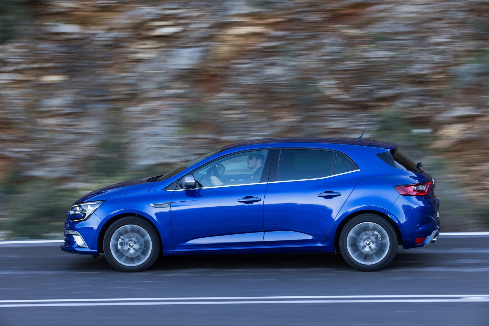 First_Drive_Renault_Megane_112
