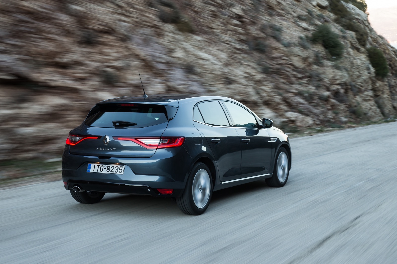 First_Drive_Renault_Megane_122