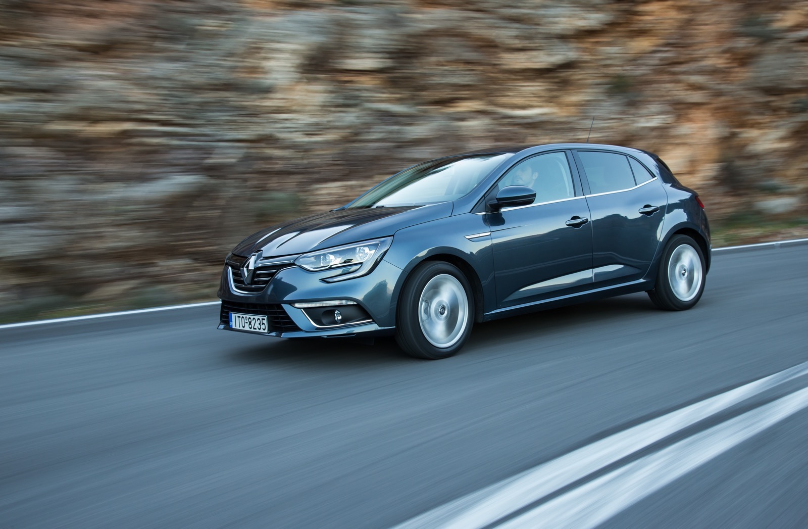 First_Drive_Renault_Megane_129