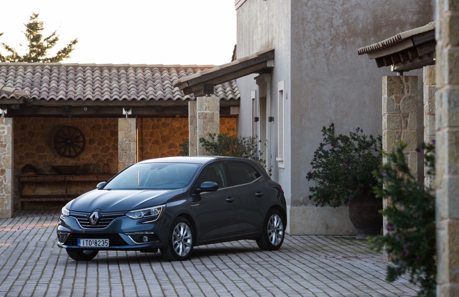 First_Drive_Renault_Megane_13