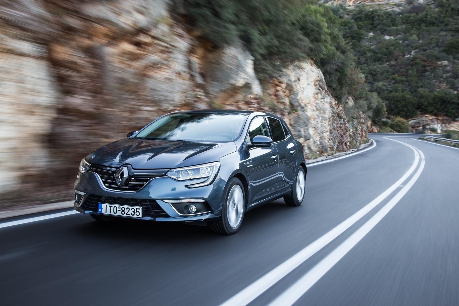 First_Drive_Renault_Megane_131