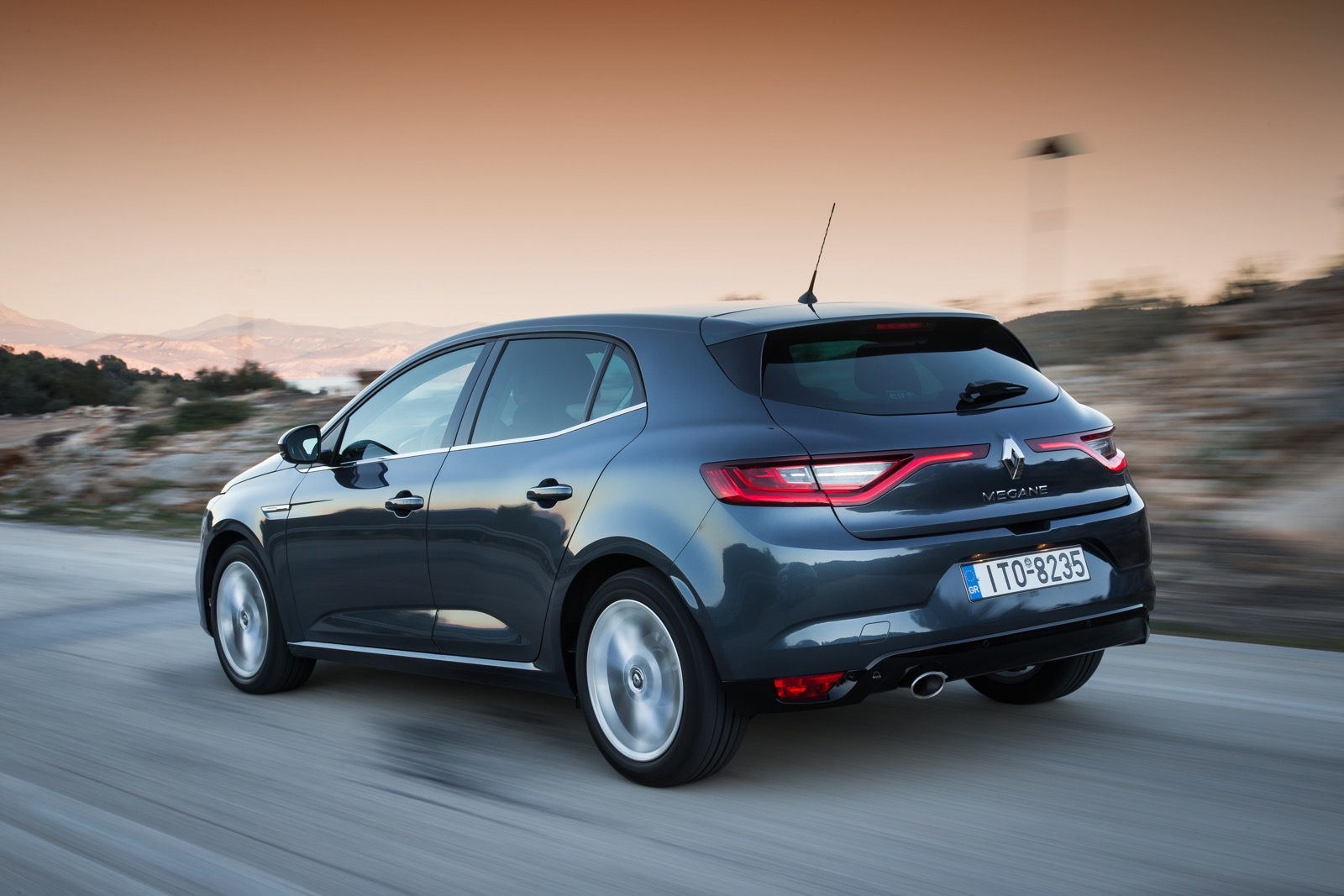 First_Drive_Renault_Megane_136