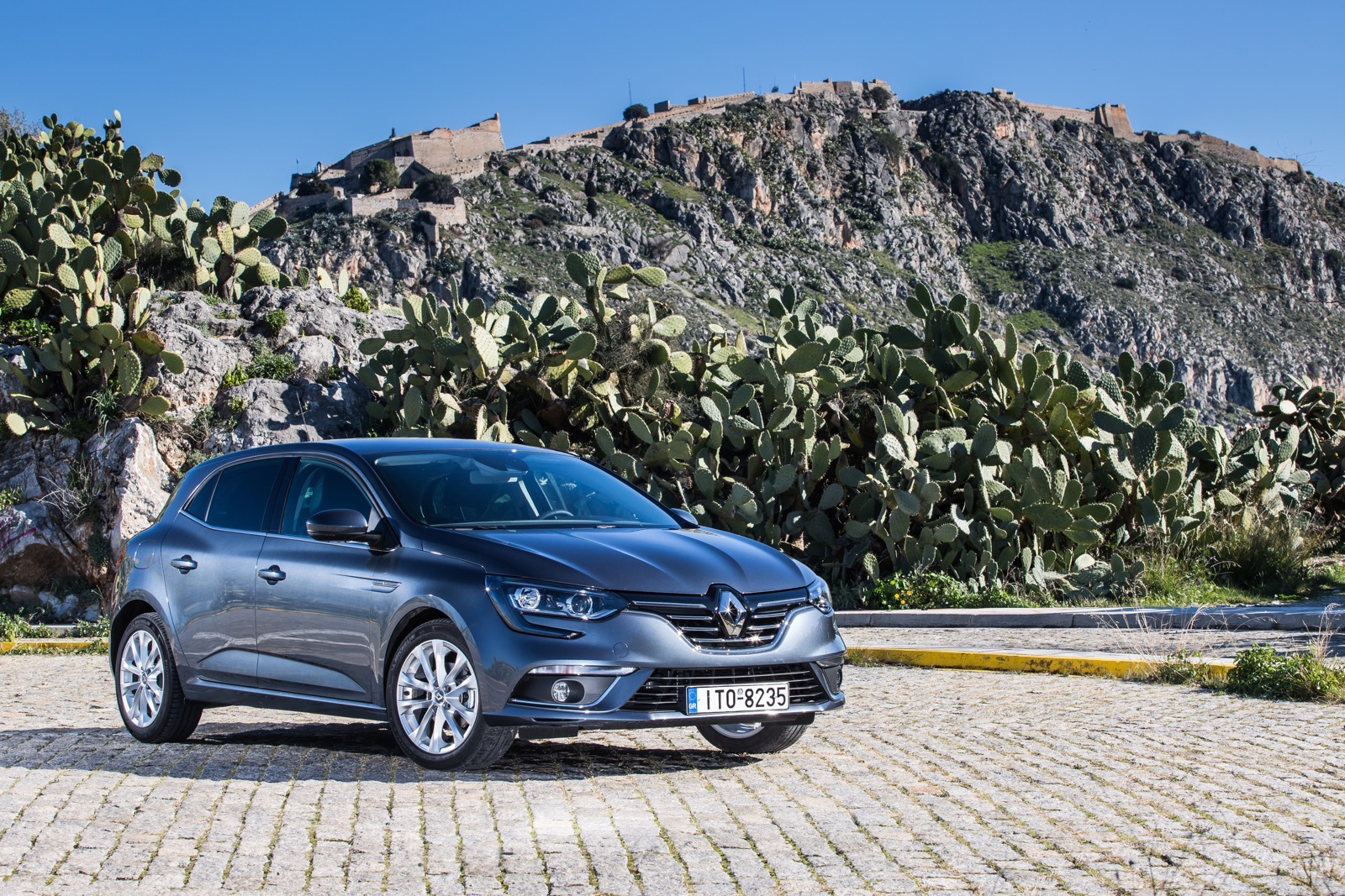 First_Drive_Renault_Megane_14
