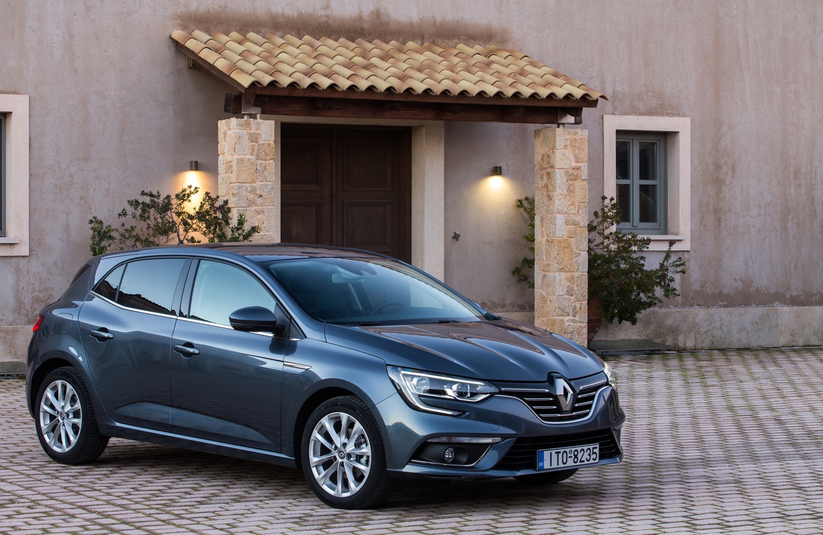 First_Drive_Renault_Megane_19