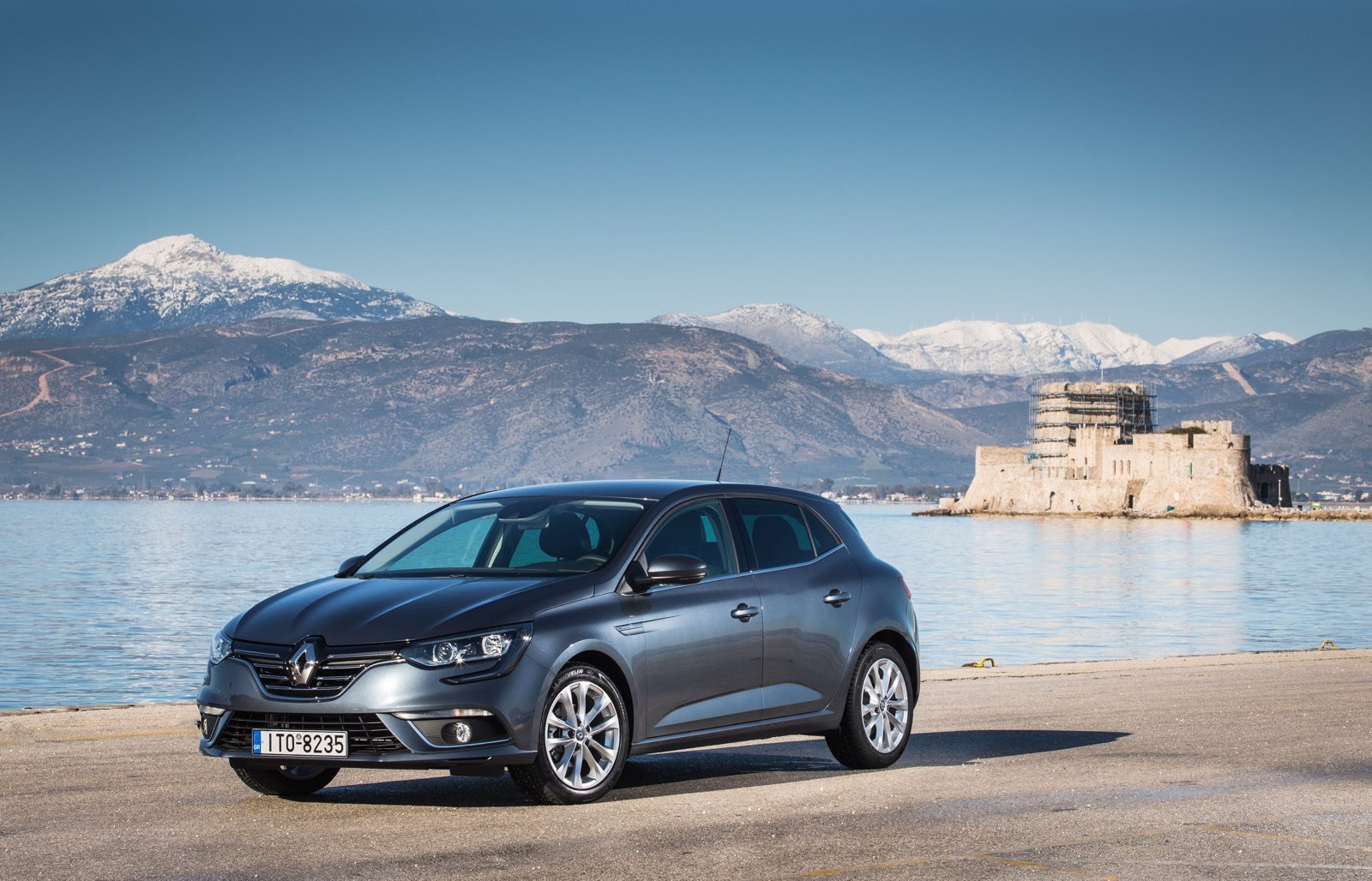 First_Drive_Renault_Megane_21
