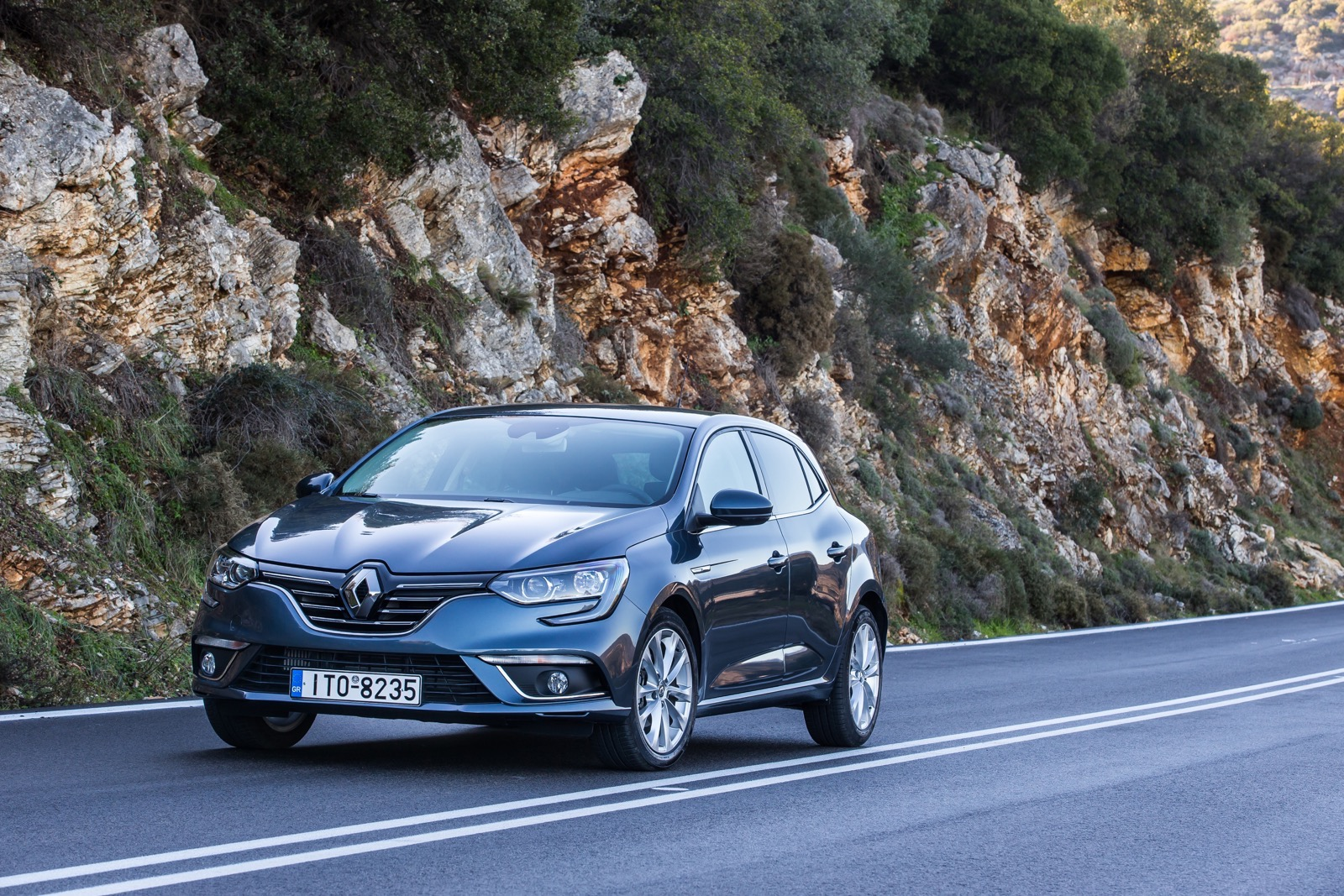 First_Drive_Renault_Megane_32