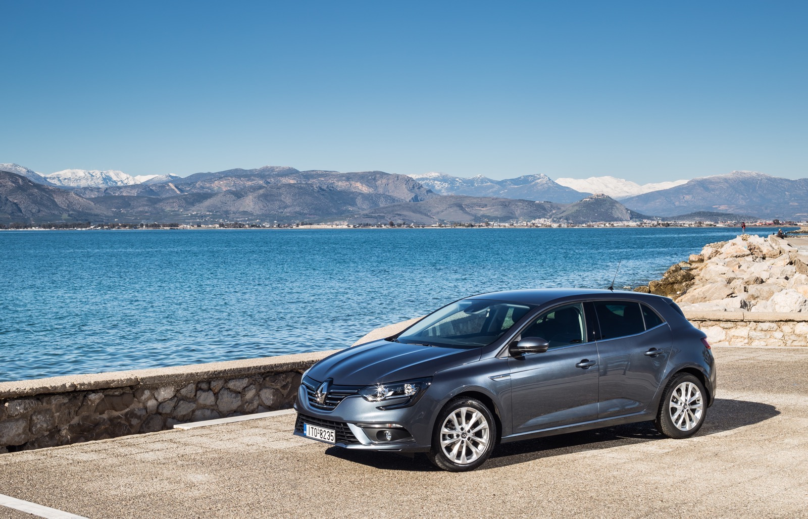 First_Drive_Renault_Megane_37