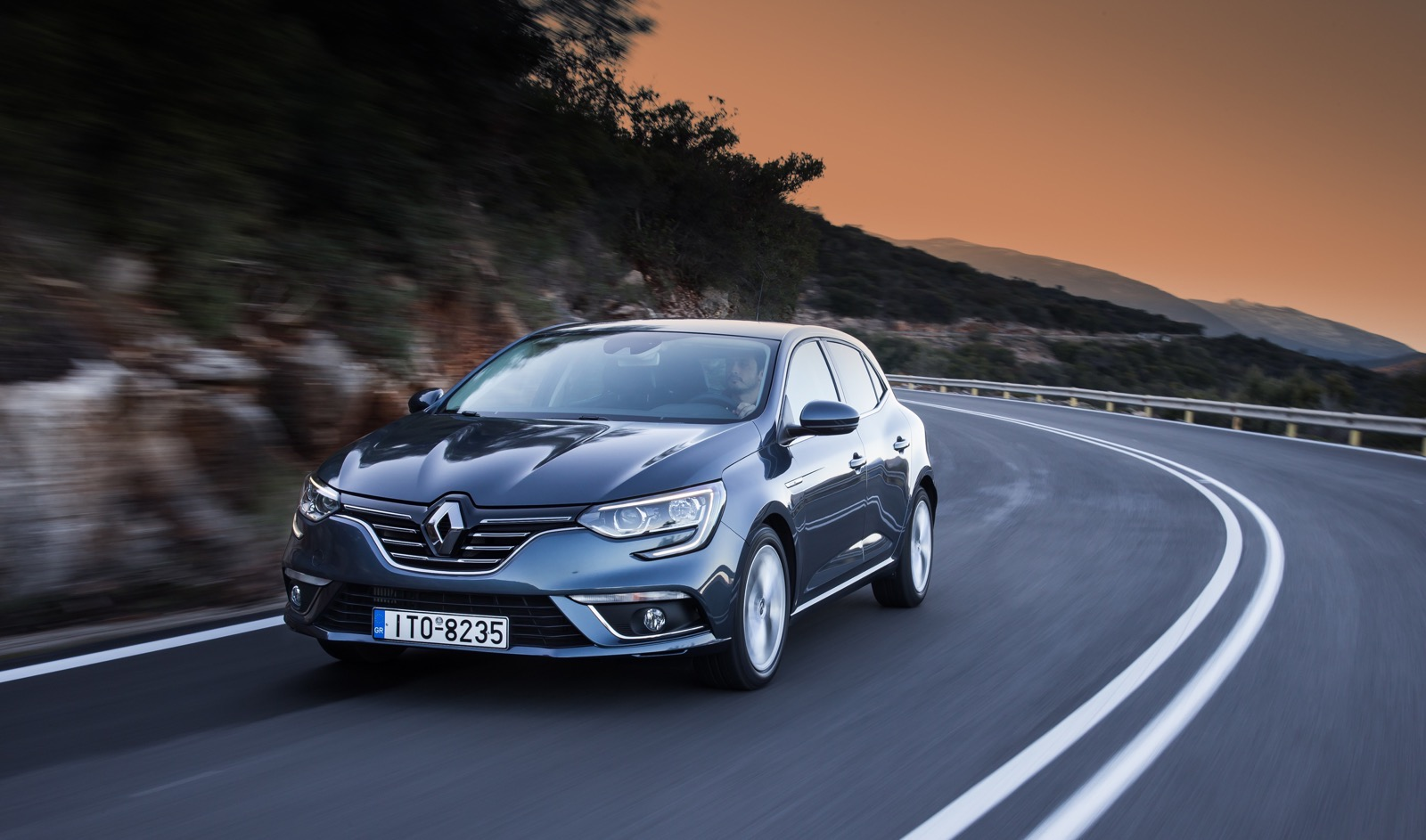 First_Drive_Renault_Megane_53