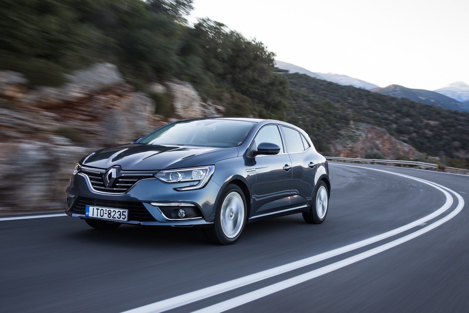 First_Drive_Renault_Megane_54