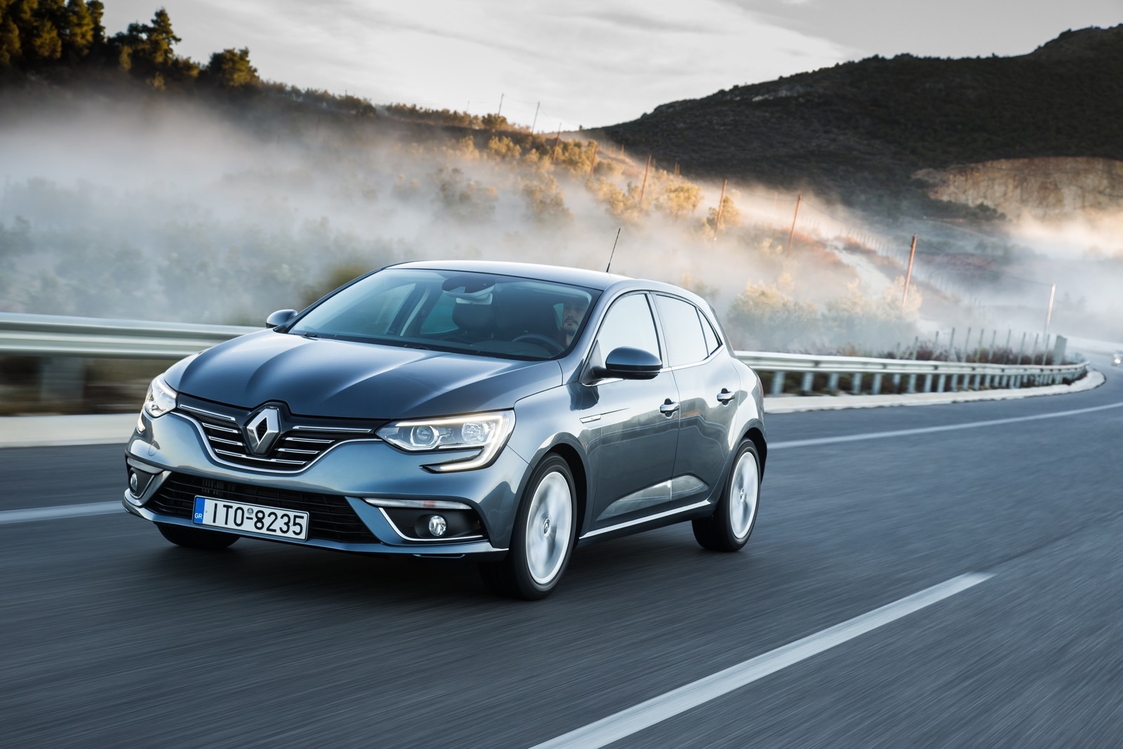 First_Drive_Renault_Megane_56