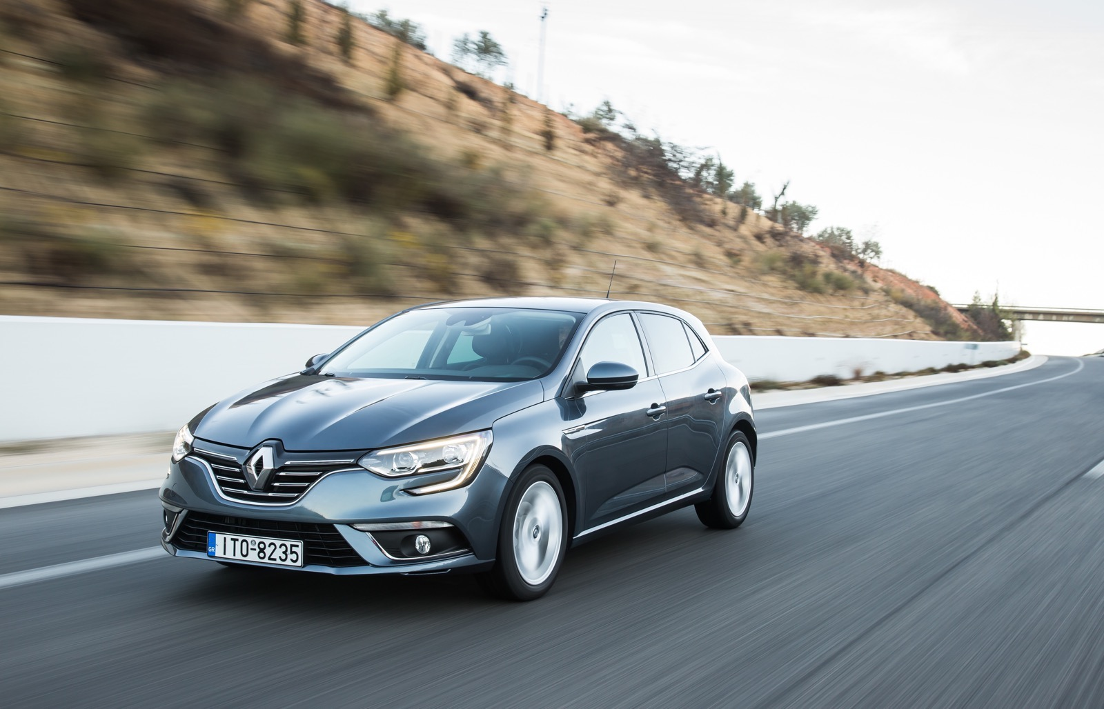First_Drive_Renault_Megane_72