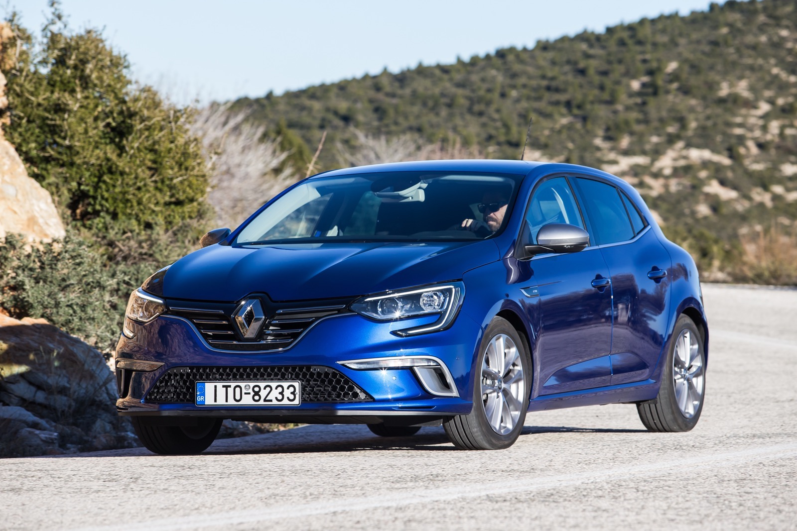 First_Drive_Renault_Megane_73