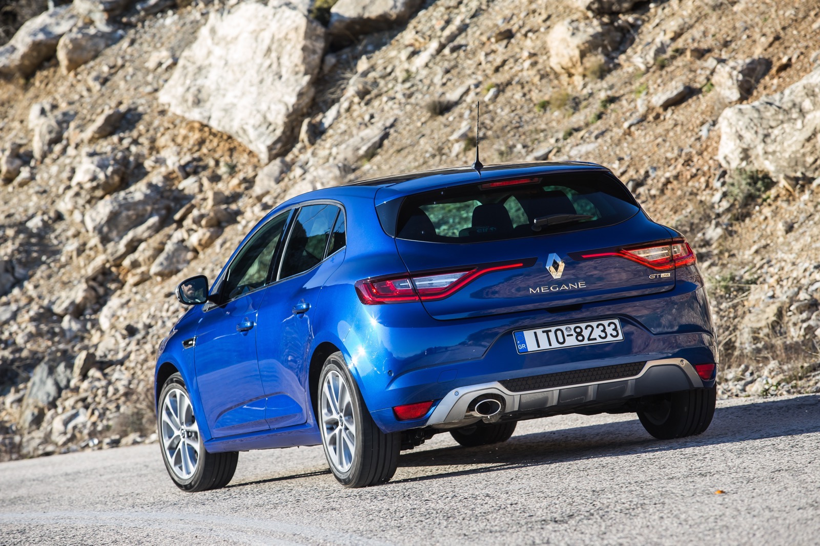 First_Drive_Renault_Megane_76