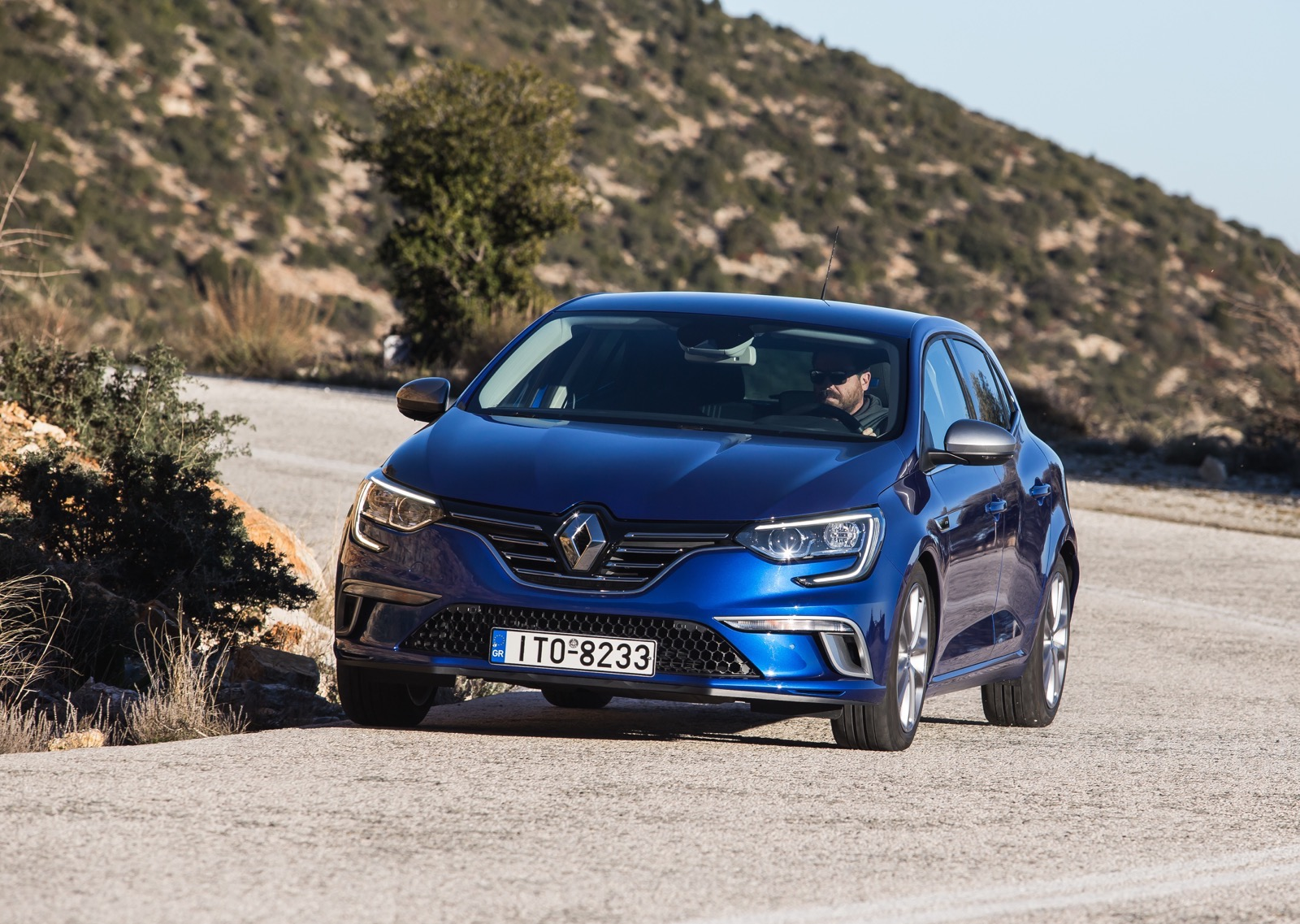 First_Drive_Renault_Megane_77