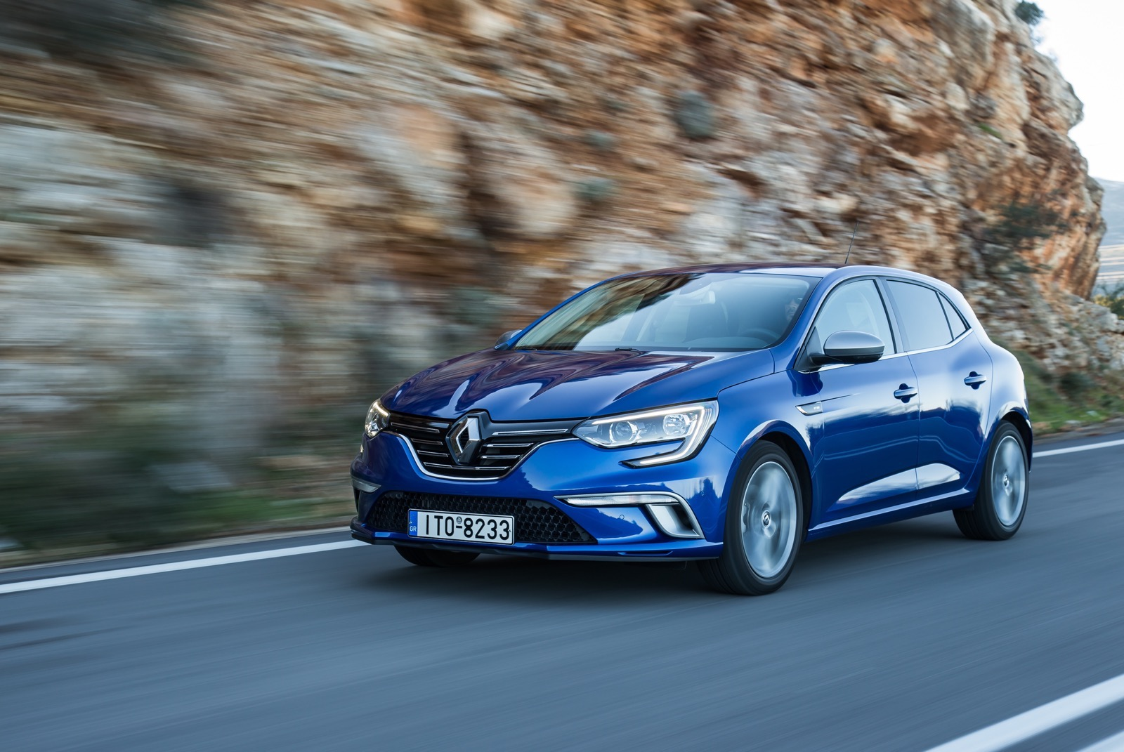 First_Drive_Renault_Megane_87