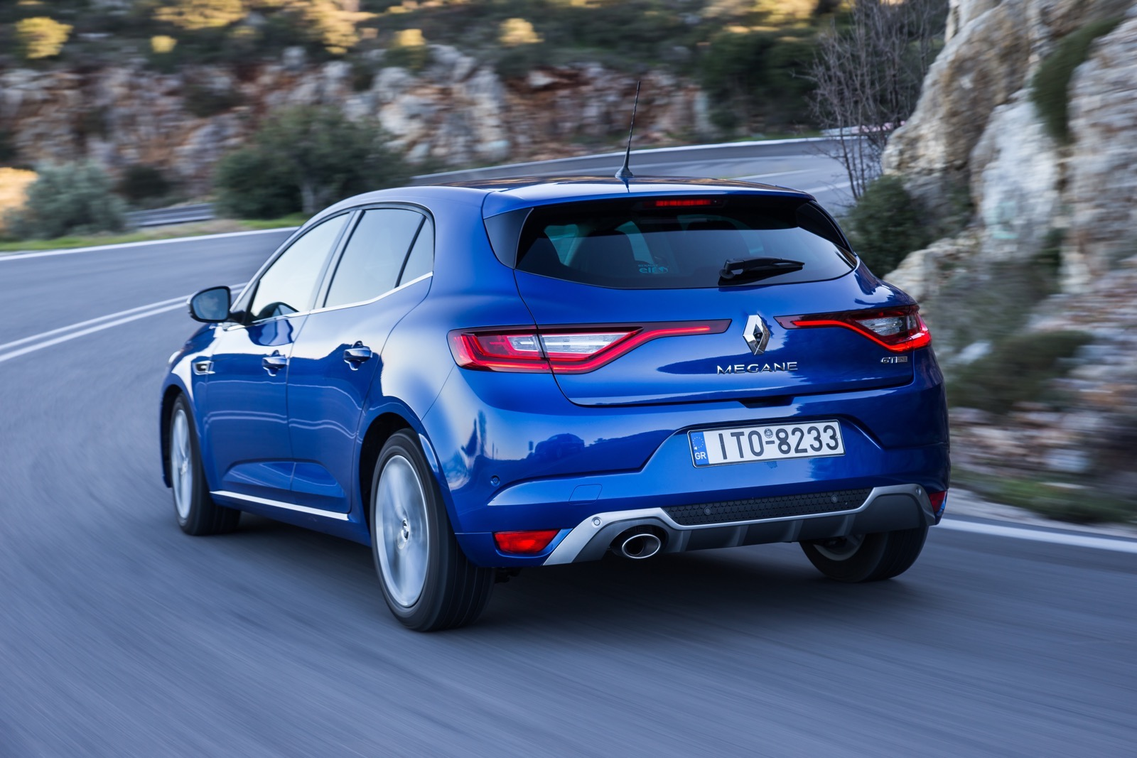 First_Drive_Renault_Megane_91