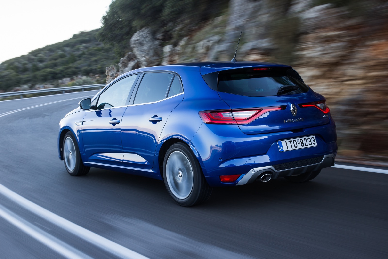 First_Drive_Renault_Megane_95