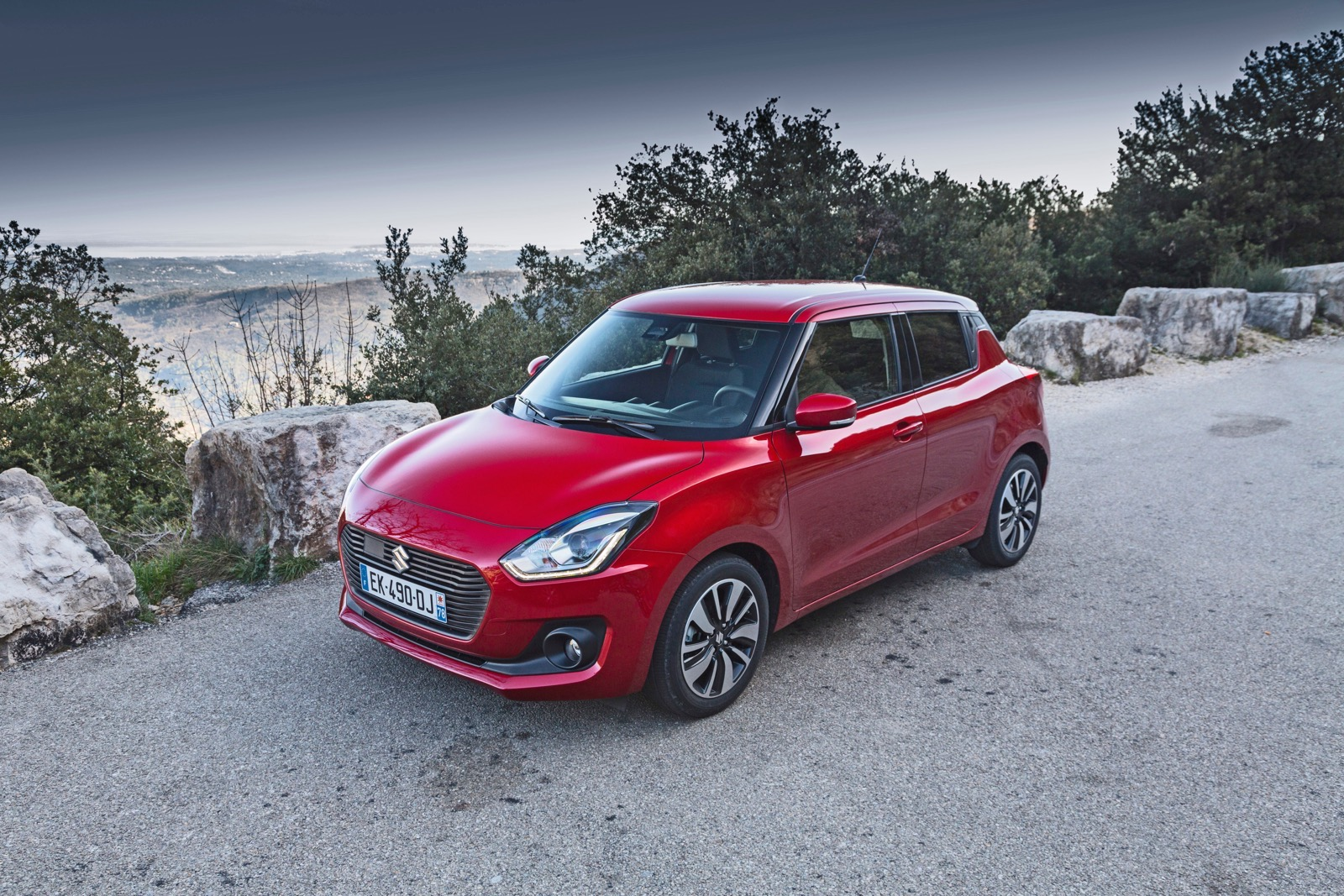 Suzuki_Swift_greek_presentation_19