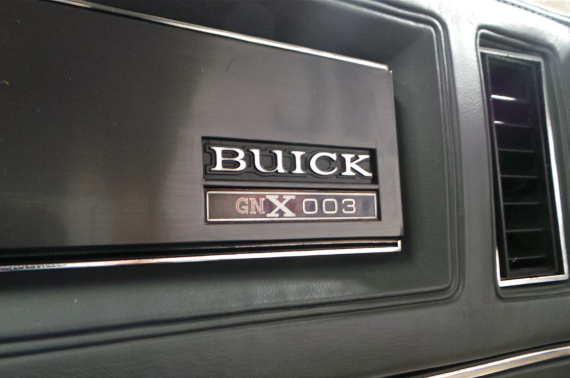 First Shelby GT350 prototype and third Buick Regal GNX in auctions (4)