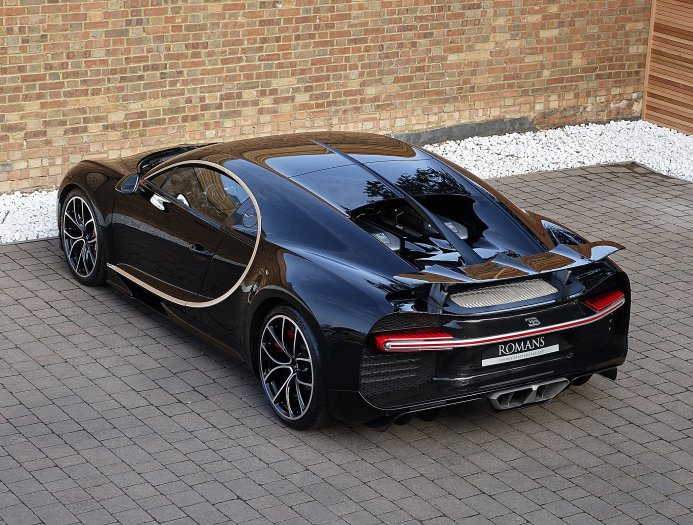 First_used_Bugatti_Chiron_06