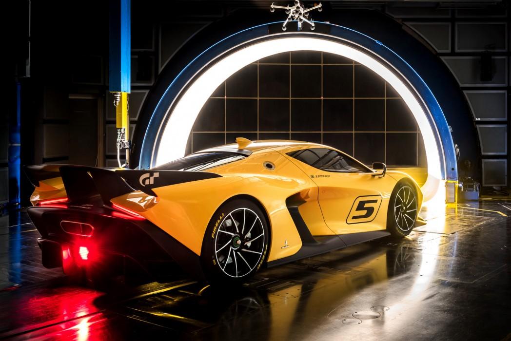 Fittipaldi EF7 Vision Gran Turismo in Geneva 2017 (6)