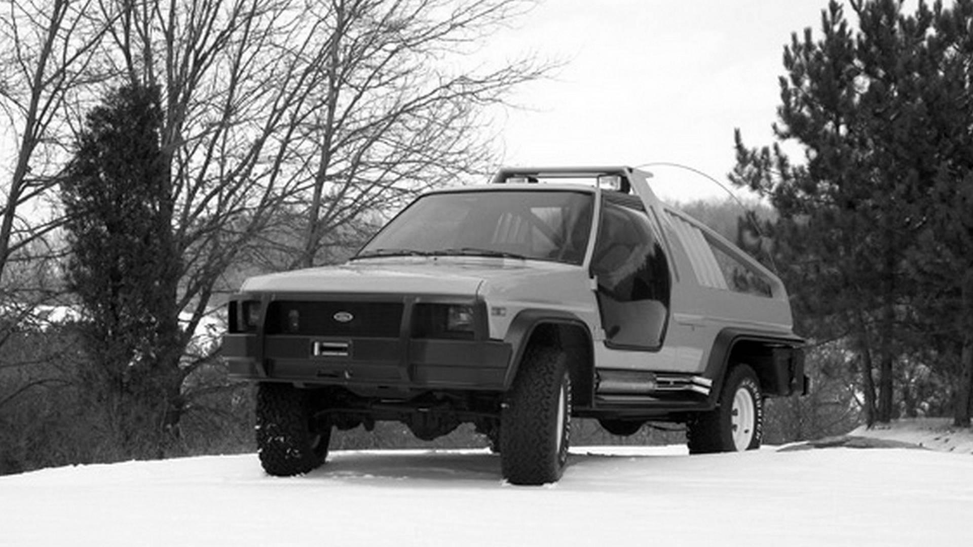 1980-ford-bronco-montana-lobo-concept3