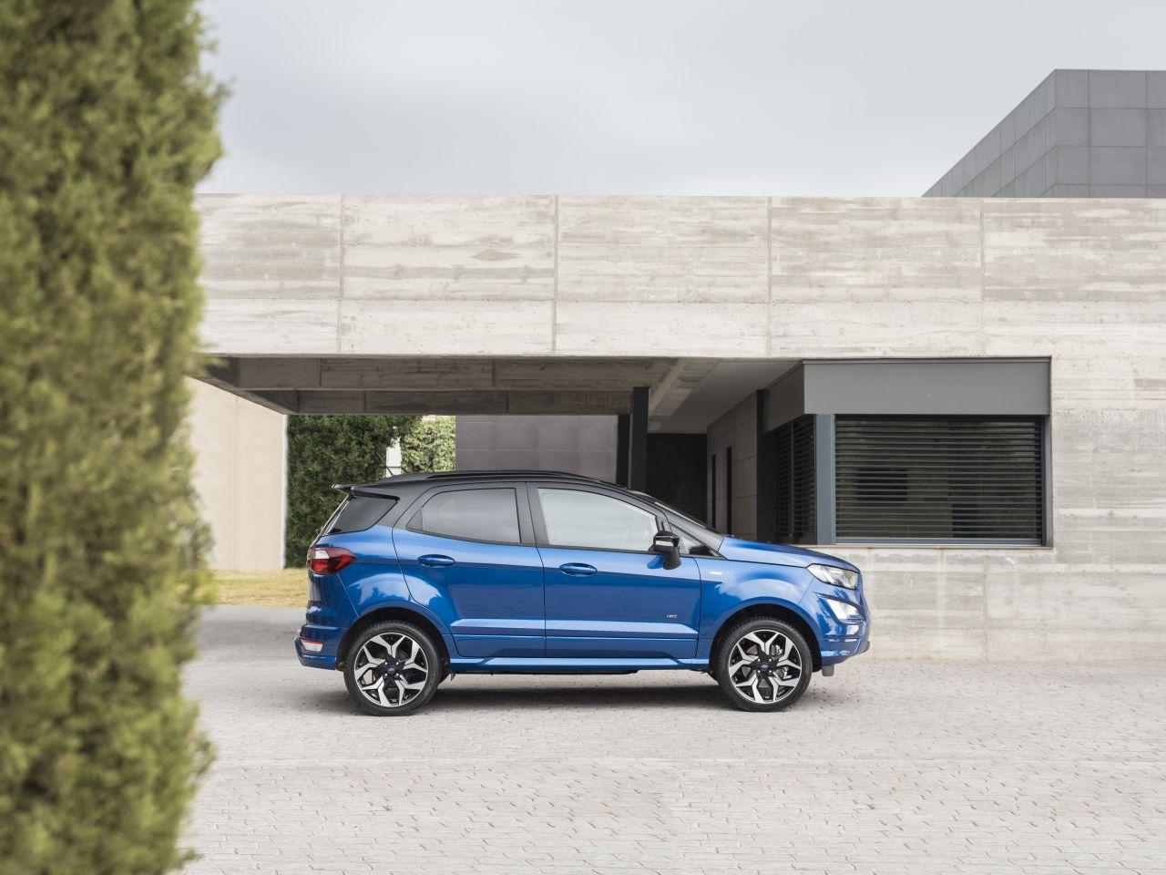 Ford-EcoSport-2017-12