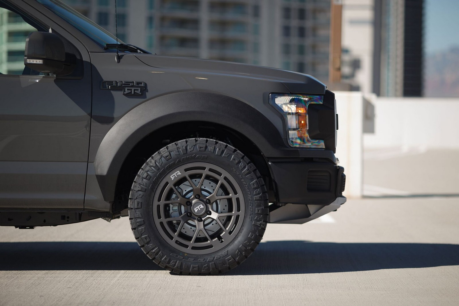 Ford_F-150_RTR_Muscle_Truck_concept0004