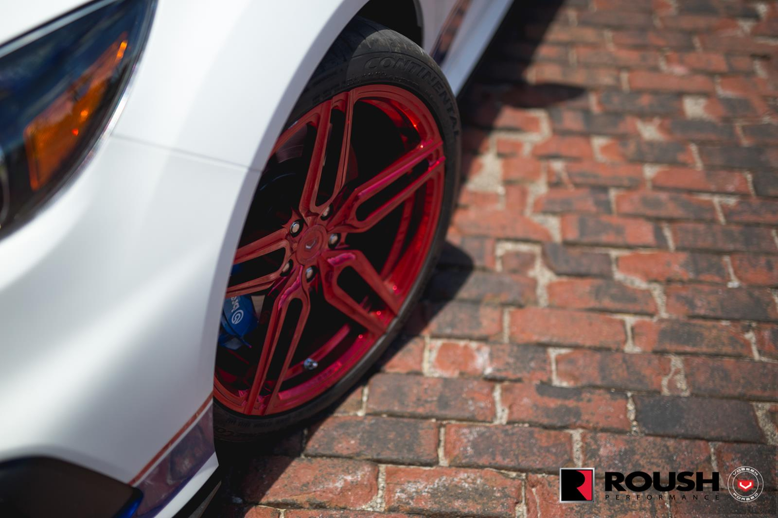 Ford_Focus_RS_by_Roush_Vossen_Wheels_06