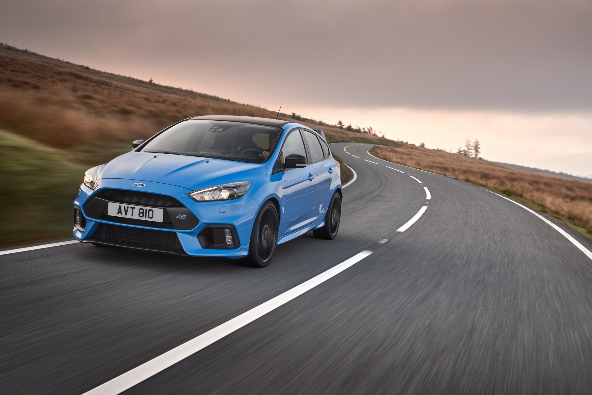 New Ford Focus RS Option Pack Delivers Even More Fun to Drive Experience