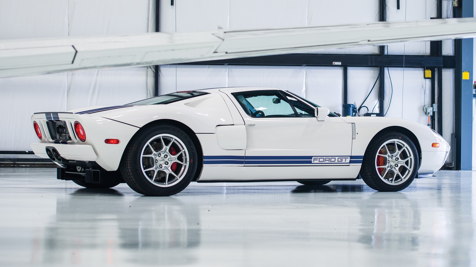 Ford GT 2006 auction (6)