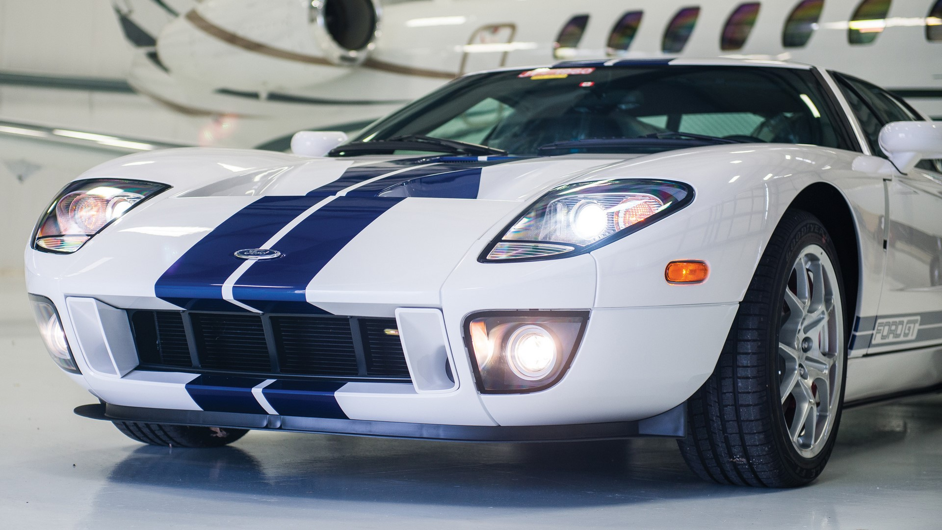 Ford GT 2006 auction (7)